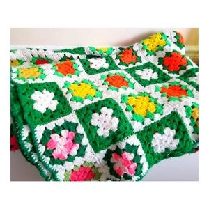 VTG Handmade Crocheted Granny Square Afghan  78x64